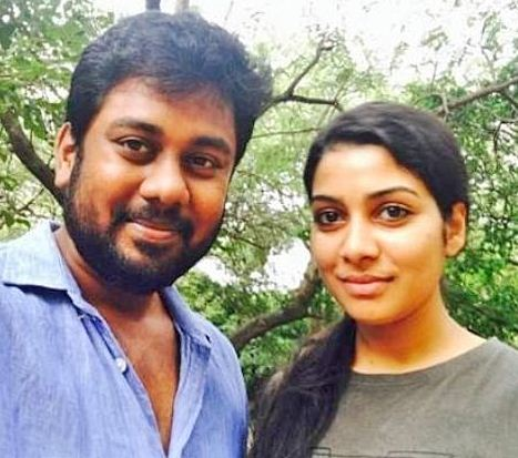 Pichaikaran Fame Satna Titus Wedding Reception On 10th February!