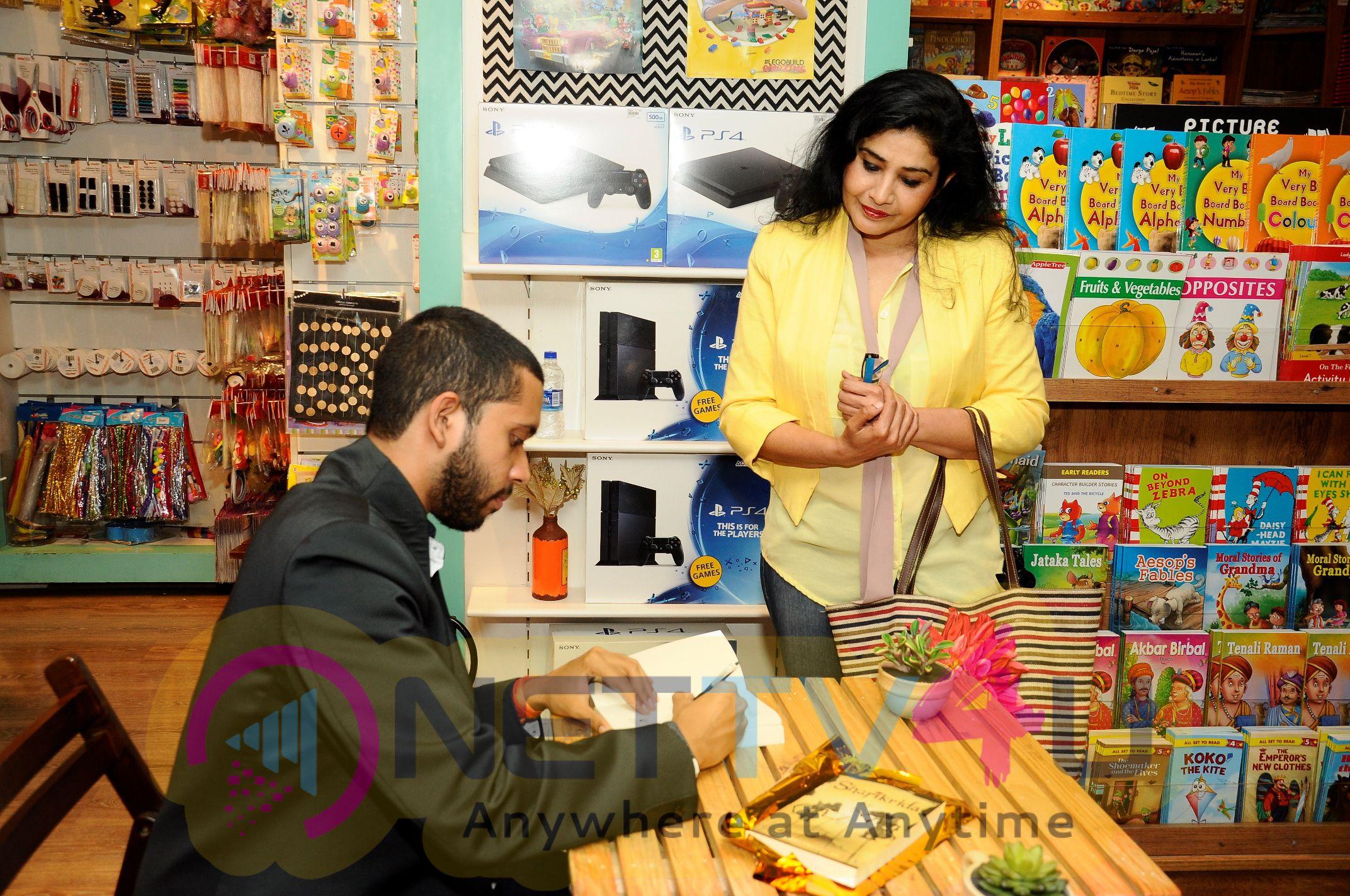 Excellent Stills Of Actress Suhasini Maniratnam Launches Sharikrida Book At Star Mark