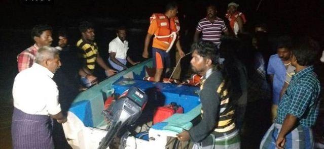Manappad Boat Capsized Off! Nine Tourists Killed! Kadambur Raju Provided The Relief Funds To The Victims!