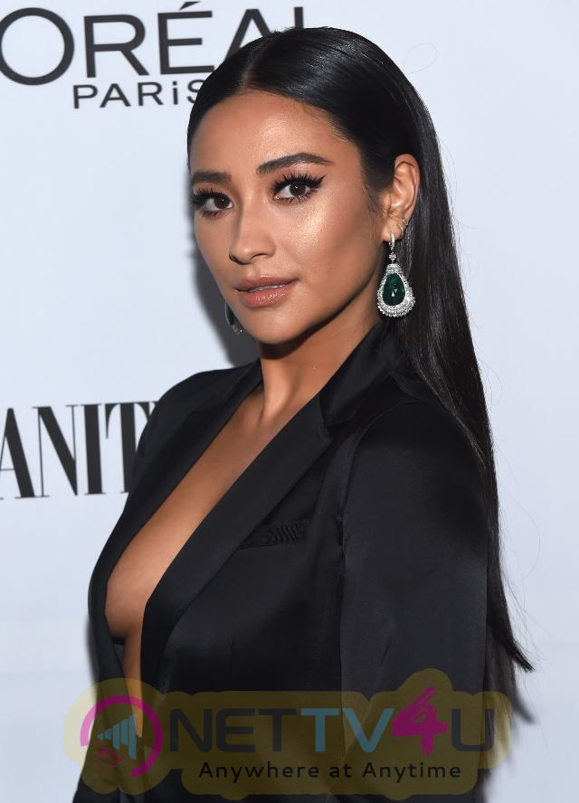 Shay Mitchell Showed Off Her Sultry Side Hot Photos