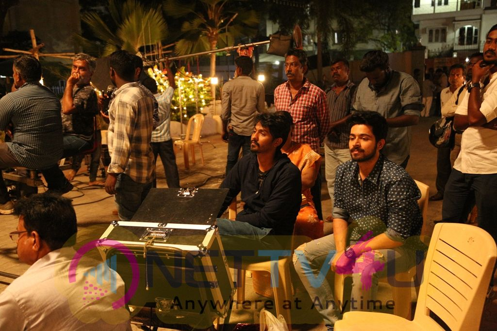 Pyaar Prema Kaadhal Movie Making Images