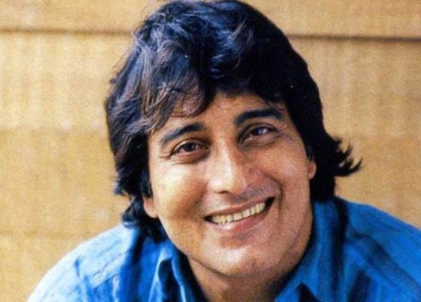 Bollywood Actor Vinod Khanna Passes Away!