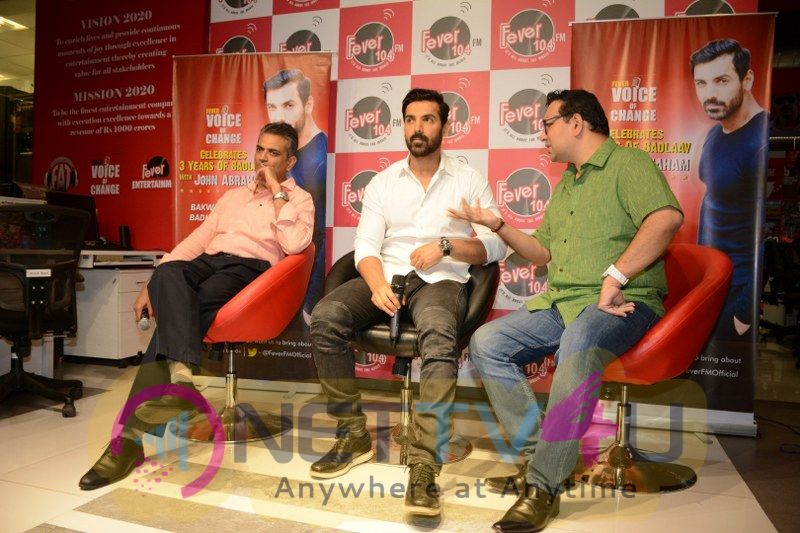 John Abraham Celebrate 3 Year Of Fever Voice Of Change