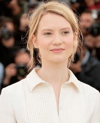 Mia Wasikowska English Actress