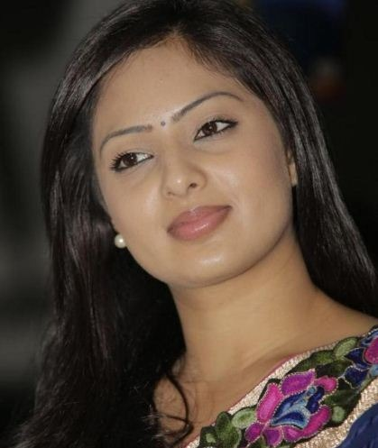 Nikesha Patel Signs Her Next With Srikanth!