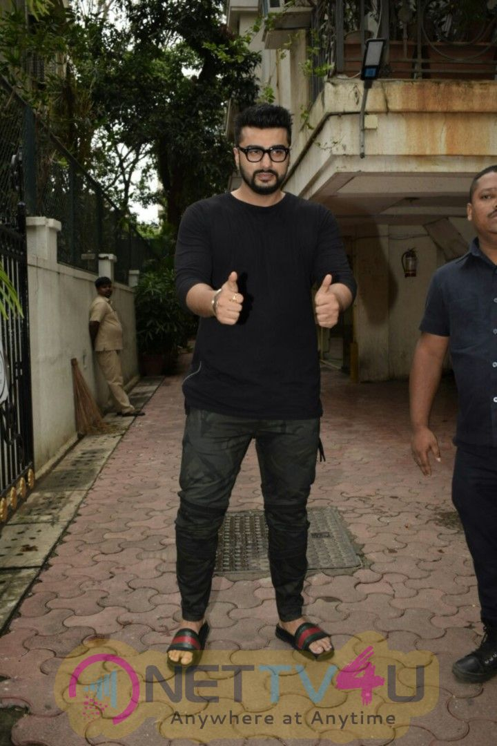Actor Arjun Kapoor Cake Cutting At His Juhu Residence