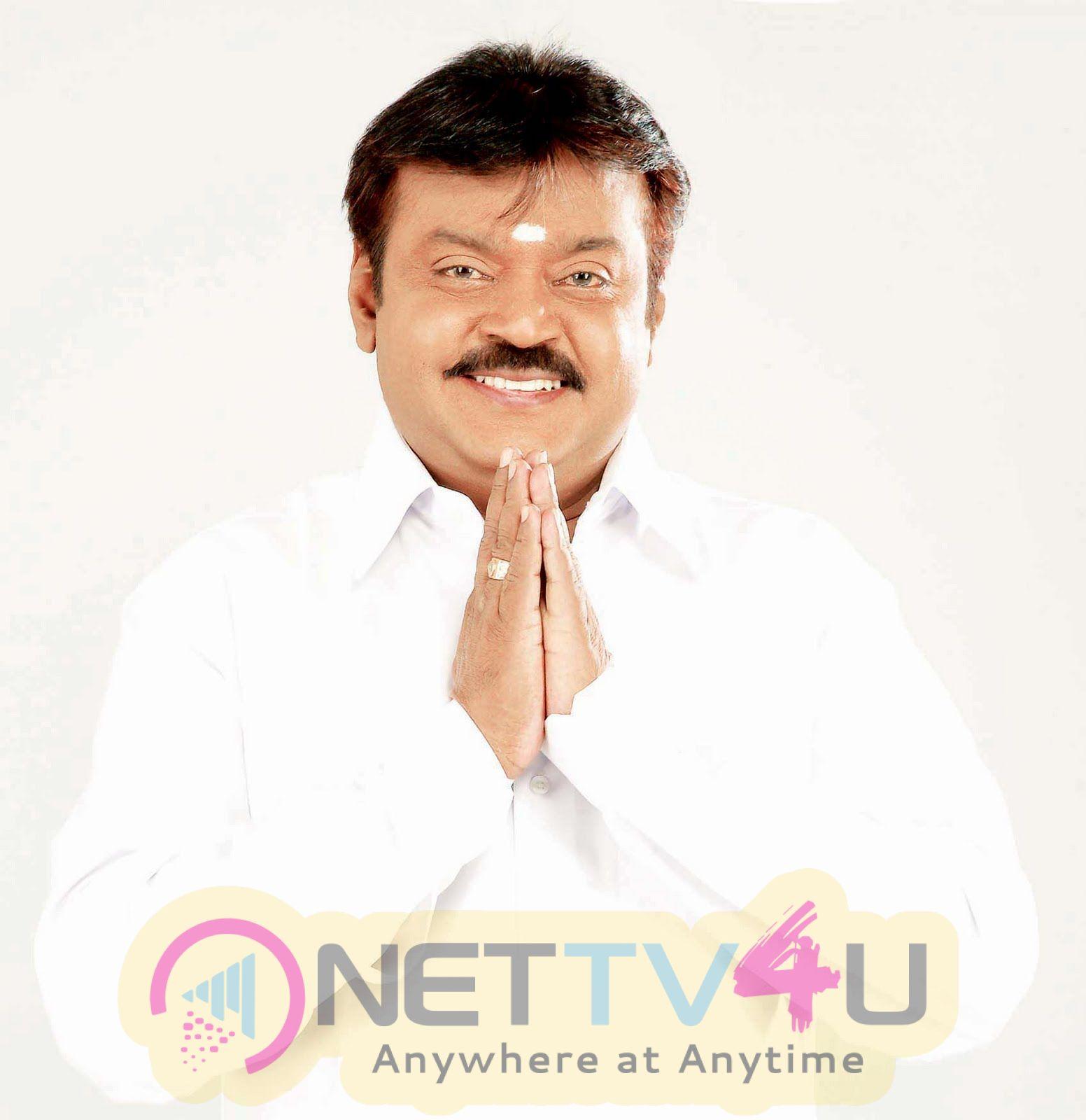 Actor Vijayakanth Good Looking Images Tamil Gallery