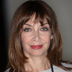 Illeana Douglas English Actress