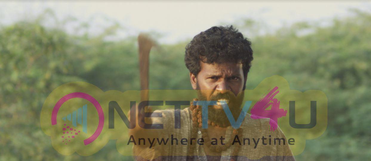 Nari Vettai Tamil Movie Attractive Photos