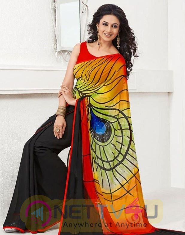 Actress Divyanka Tripathi Dahiya Lovely Images