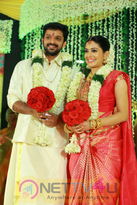 Actress Sshivada Nair Married Actor Murali Krishnan Marrige Photos Gallery
