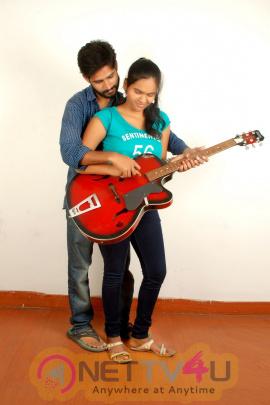 watch agni paravai a popular tamil television serial