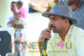 Irandu Manam Vendum Tamil Movie Working Stills