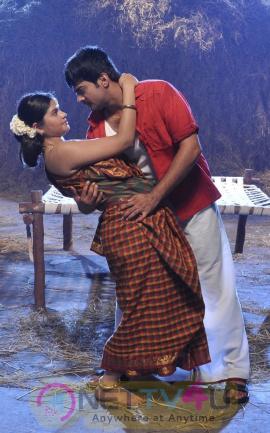 Tamil Movie Uyirukku Uyiraga Hot Latest Exclusive Photos Tamil Gallery