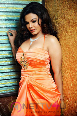 Hindi Actress Rakhi Sawant  Sexy Stills Hindi Gallery