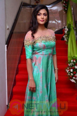 Anisha Ambrose Stuns In Green Outfit Gorgeous Stiils Telugu Gallery