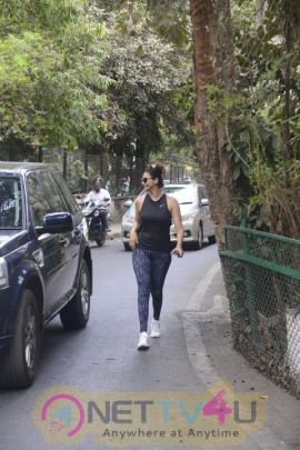 Daisy Shah Came To Recording Studio Images