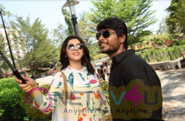 Nenjil Thunivirundhal Movie Stills Tamil Gallery