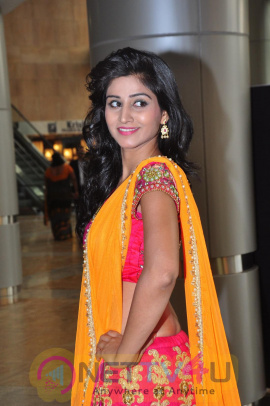 Actress Shamili At Hi Life Grand Fashion Showcase Event Cute Stills Telugu Gallery