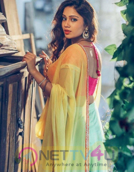 Actress Nivetha Pethuraj Cute Photos Tamil Gallery
