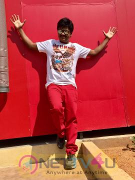 Comedy Actor Sapthagiri Stylish Photos Telugu Gallery