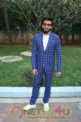 Spotted Ranveer Singh And Vaani Kapoor Promote Befikre Lovely Pics Hindi Gallery
