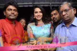 Grand Opening Chervi Super Store Inauguration By Cine Actress Hari Teja At Nizampet Stills Telugu Gallery