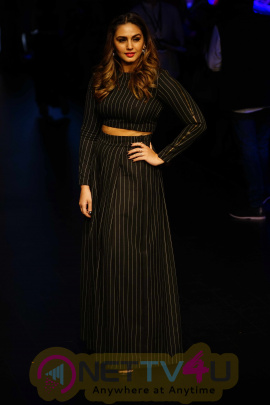 Huma Qureshi & Saqib Saleem As A Guest At Lakme Fashion Week 2018 Photos Hindi Gallery