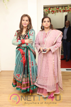 Actress Shraddha Srinath Launches Skinlab Clinic Pics Telugu Gallery