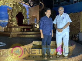 Veteran Filmmaker SP Muthuraman Surprise Visit To Dharma Prabhu Shooting Spot Pics