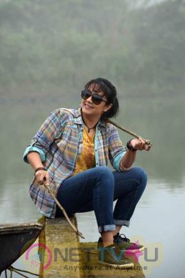 Magalir Mattum Movie Actress Jyothika New Photos