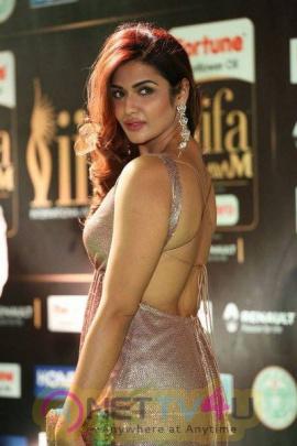 Actress Aarthi Hot At IIFA Utsavam Awards 2017 Stunning Photos Telugu Gallery
