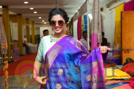 Actress Siddhi Idnani Inaugurates Silk India Expo Images Telugu Gallery
