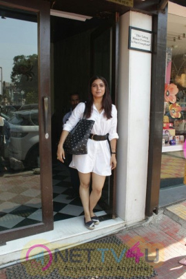 Bhumi Pednekar Was Seen In Bandra Hindi Gallery