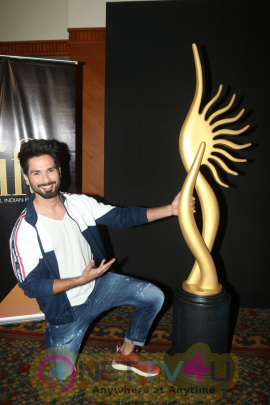Shahid Kapoor At IIFA Voting