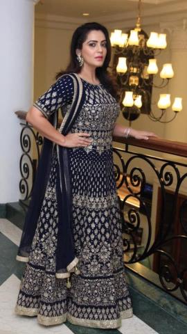 Actress Jividha Sharma Alluring Images