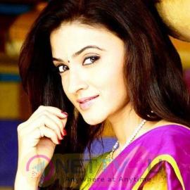 Actress Suhasi Dhami Lovely Stills Kannada Gallery