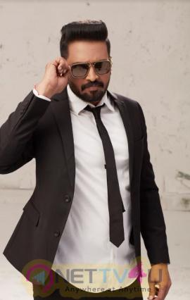 Actor Santhanam Handsome Looks