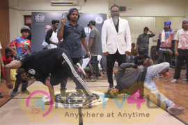 Sensuous Photos Of Hip Hop And Freestyle Dance By B Five Jam  Tamil Gallery