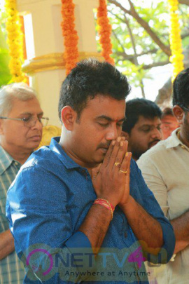 Saraschandrikaa Visionary Motion Pictures Production 1 Launch  Pics Telugu Gallery