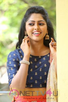 Telugu Tv Serial Evare Nuvvu Mohini Synopsis Aired On ZEE TELUGU Channel