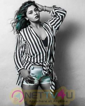 Actress Shriya Victor Glamorous Images Telugu Gallery