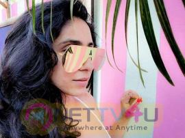 Singer Neha Bhasin Romantic Stills