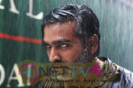 Tamil Movie Vikram Vedha Attractive Pics