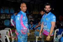 Yuva Mumbai V/S Mumbai Heroes Cricket Match With Sohail Khan & Aditya Thackeray Pics