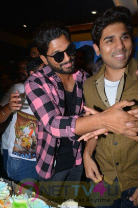 Allu Arjun Birthday Celebrations At FNCC Grand Pics