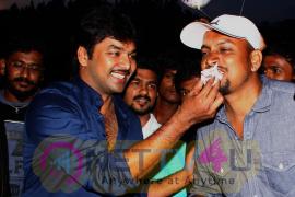 Stills Of Actor Jai Birthday Celebration Balloon Movie Team At Shooting Spot  Tamil Gallery