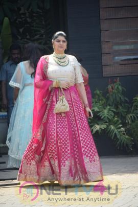 Sonam Kapoor And Anand Ahuja Wedding Rockdale In Bandra Hindi Gallery