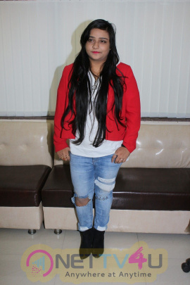 Swati Sharma Barbie Girl Song Of Tera Intezar Trend On Social Sites STILLS Hindi Gallery