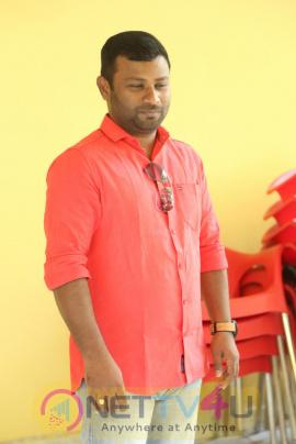 New Movie Aakatayi Director Rom Bhimana Interview Photos Telugu Gallery